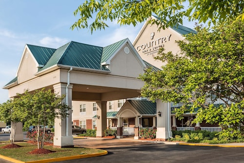 __{offers.Best_flights}__ Country Inn & Suites by Radisson, Chester, VA