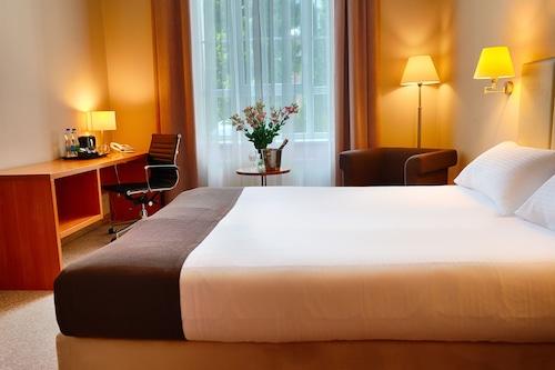 Łódź - Hotel Focus Lodz - z Krakowa, 2 kwietnia 2021, 3 noce