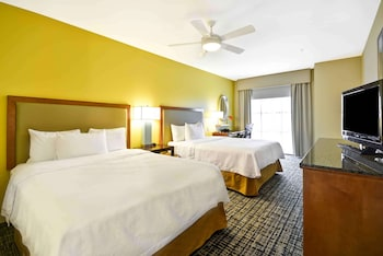 Suite, 2 Queen Beds, Accessible (Mobility & Hearing, Roll-in Shower)