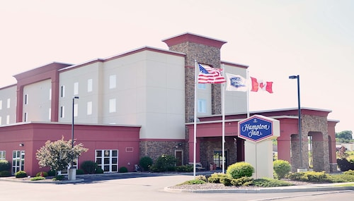 . Hampton Inn Watertown