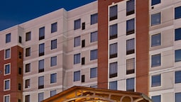 Staybridge Suites Indianapolis Downtown - Convention Center, an IHG Hotel