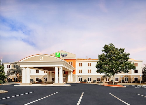 . Holiday Inn Express Hotel & Suites Inverness, an IHG Hotel