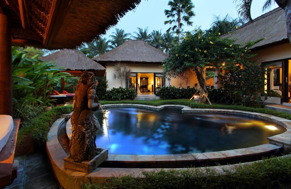 https://i.travelapi.com/hotels/2000000/1780000/1773100/1773032/0a85fbc9_z.jpg