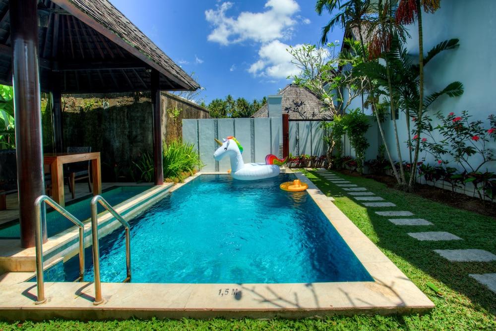 https://i.travelapi.com/hotels/2000000/1780000/1773100/1773032/57b9cd30_z.jpg
