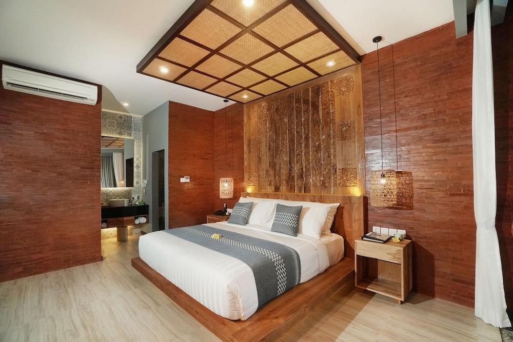 https://i.travelapi.com/hotels/2000000/1780000/1773100/1773032/c1a0c394_z.jpg