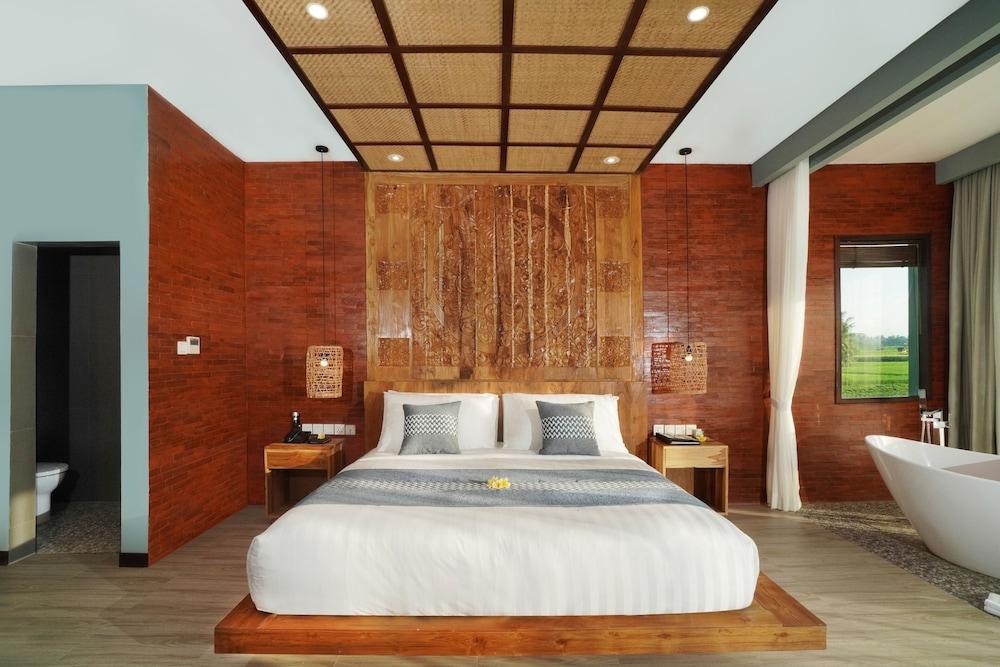 https://i.travelapi.com/hotels/2000000/1780000/1773100/1773032/ea7e98d8_z.jpg