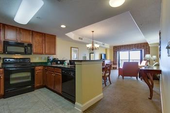 Guestroom at Anderson Ocean Club and Spa by Oceana Resorts in Myrtle Beach