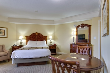 Guestroom at Anderson Ocean Club and Spa by Oceana Resorts in Myrtle Beach