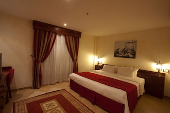 Standard Double Suite One Bed Room