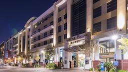 Royal Palm Hotel