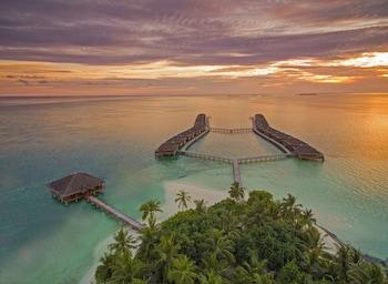 Medhufushi Island Resort - Aerial View  - #0