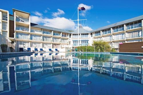 . Picton Yacht Club Hotel