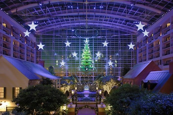 Lobby at Gaylord National Resort & Convention Center in Oxon Hill