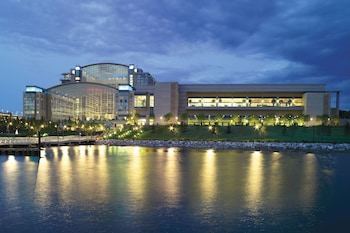 Lake View at Gaylord National Resort & Convention Center in Oxon Hill