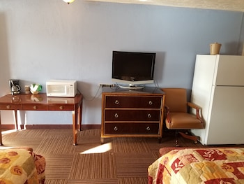 Room, Multiple Beds, Non Smoking (3 Full Beds)
