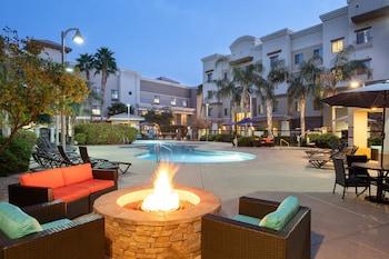 鳳凰城 - 格倫代爾體育區智選假日套房飯店 Holiday Inn Express & Suites Phoenix - Glendale Sports Dist, an IHG Hotel