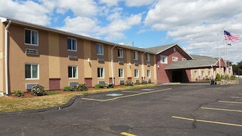 Americas Best Value Inn-Foxboro