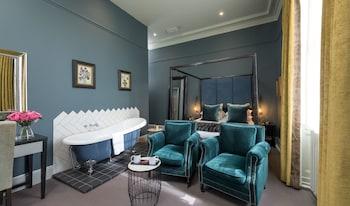 Luxury, Bir Çift Kişilik Yataklı