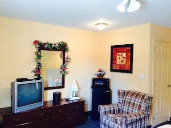 Room (Hot tub suite)