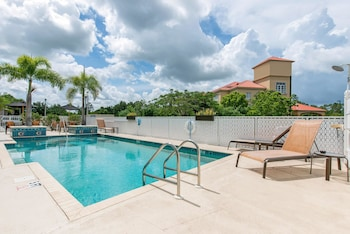 Port Charlotte Vacations - Sleep Inn & Suites Port Charlotte-Punta Gorda - Property Image 1