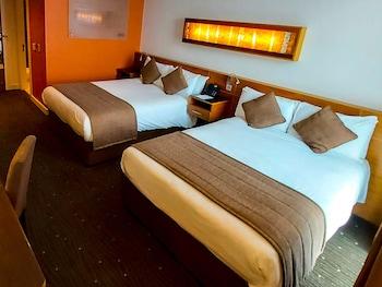 Oda, 2 Çift Kişilik Yatak, Sigara İçilmez, Deniz Manzaralı