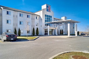 Hotel - Motel 6 Peterborough