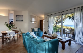 Villa, 3 Bedrooms, Sea View (Ortensia, 66 steps from the reception)