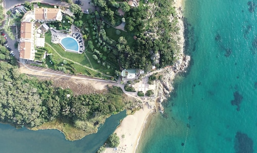 . L'Ea Bianca Luxury Resort