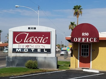 Classic Inn & Suites