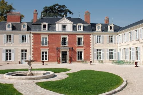 . Hôtel & Spa du Domaine des Thômeaux, The Originals Relais (Relais du Silence)