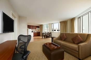 One Bedroom Suite, 1 King Bed, Panoramic View