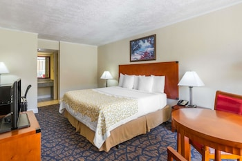 Hotel - Days Inn & Suites by Wyndham Clermont