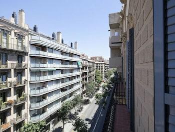Uma Suites Luxury Midtown - Aerial View  - #0