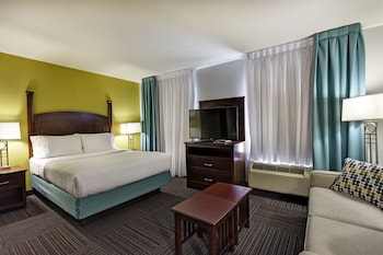 Studio Suite, 1 Queen Bed, Non Smoking, Kitchen (Jetted Tub)