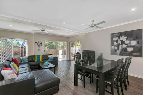 The Villas Palm Cove, Cairns - Northern Suburbs