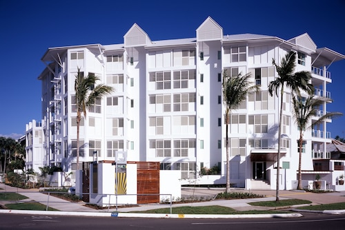 201 Lake Street Apartments, Cairns  - City