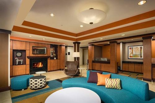 . Fairfield Inn & Suites by Marriott Augusta