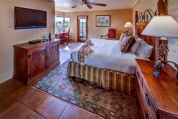 Deluxe Room, 1 King Bed (Hacienda)