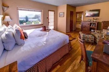 Standard Room, 1 Queen Bed