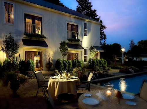 __{offers.Best_flights}__ The Inn At Leola Village, a Historic Hotel of America