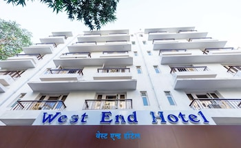 Hotel - West End Hotel