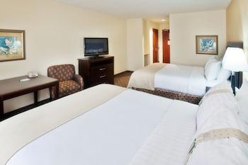 Standard Room, 2 Queen Beds, Accessible (Hearing)