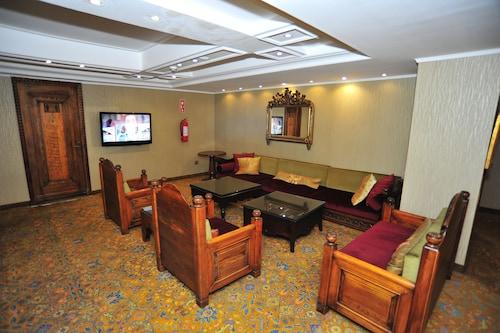 Anemon Izmir Hotel, Konak