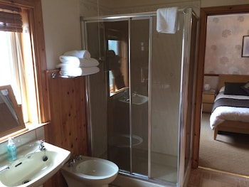 Fernlea Guest House - Bathroom  - #0