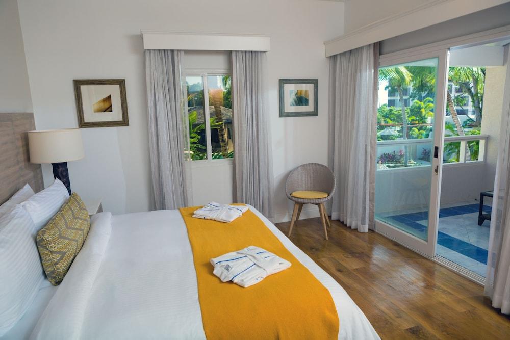 https://i.travelapi.com/hotels/2000000/1800000/1793200/1793115/21ef0cdd_z.jpg