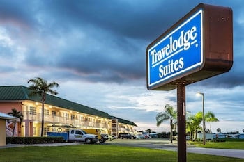 Hotel - Travelodge Suites by Wyndham Lake Okeechobee