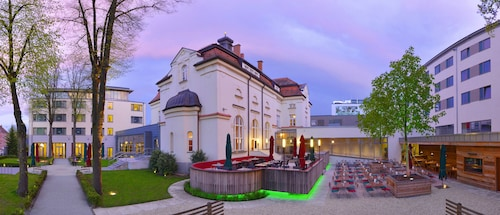 . Hotel ASAM