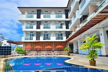 Hotel - First Residence Hotel