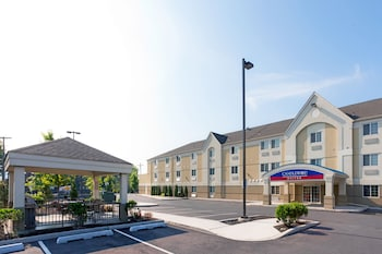 Candlewood Suites Secaucus photo