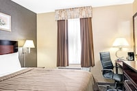 Standard Room, 1 Queen Bed, Accessible at Days Inn by Wyndham Long Island City in Long Island City